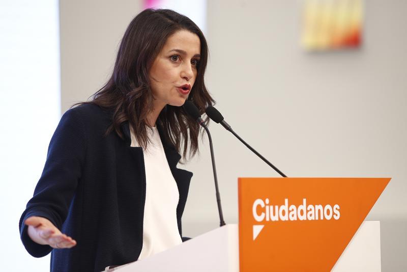 Arrimadas critica a Sánchez