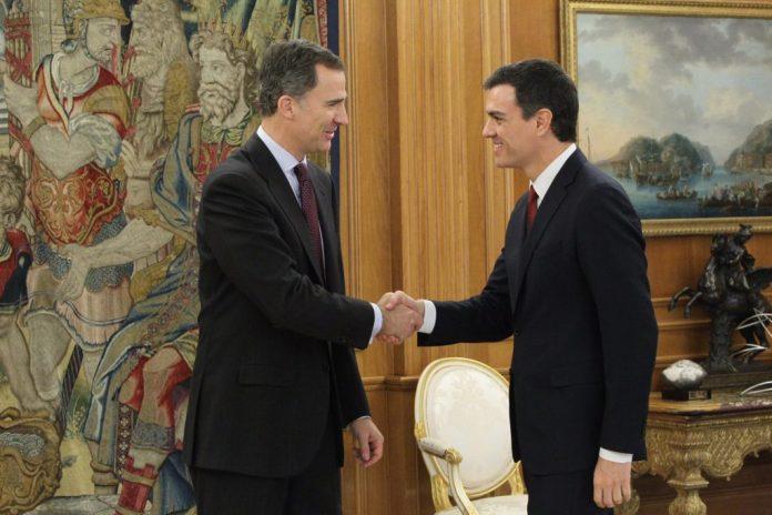 Rey y Pedro Sánchez