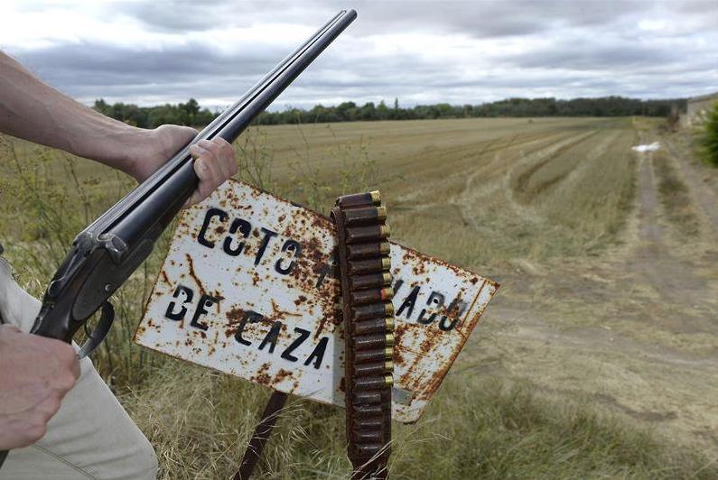 Así es el lobby de la caza que dirige Medio Ambiente en la Comunidad de Madrid