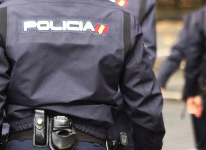 La Policía Nacional detiene a un hombre en Madrid por robar dinero a ancianos