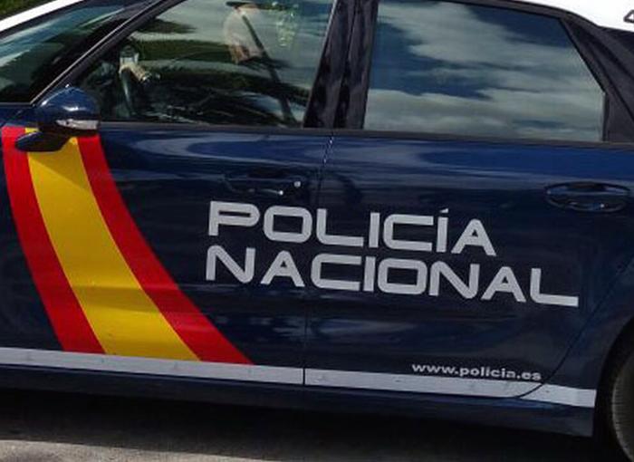 Un hombre fallece tras un tiroteo en una comisaría de Sevilla