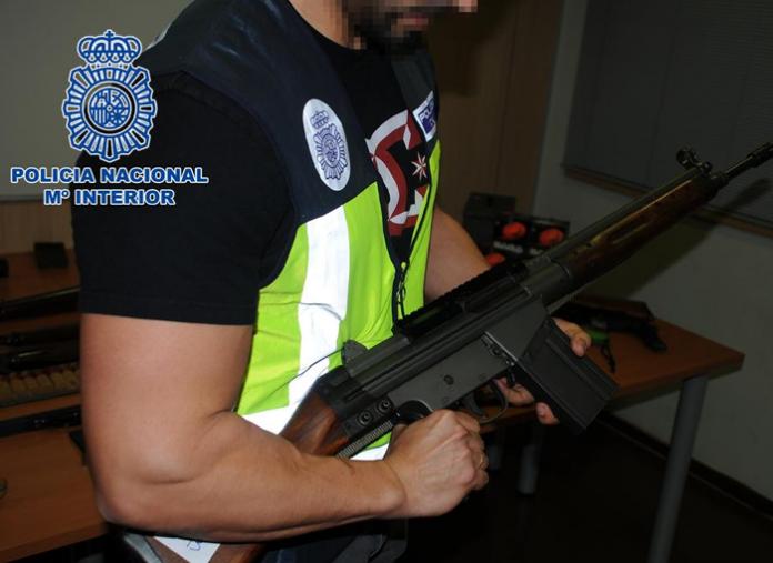 La Policía Nacional interviene un depósito de armas de guerra y municiones en Martorell