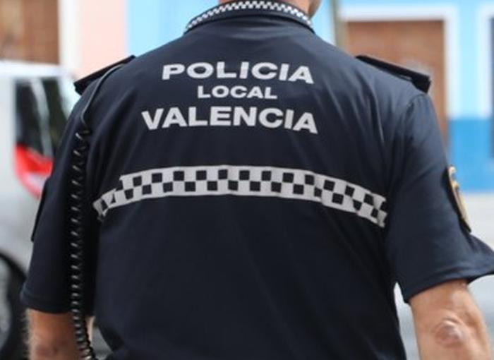 Una niña de 5 años es encontrada en Valencia andando sola por la autovía