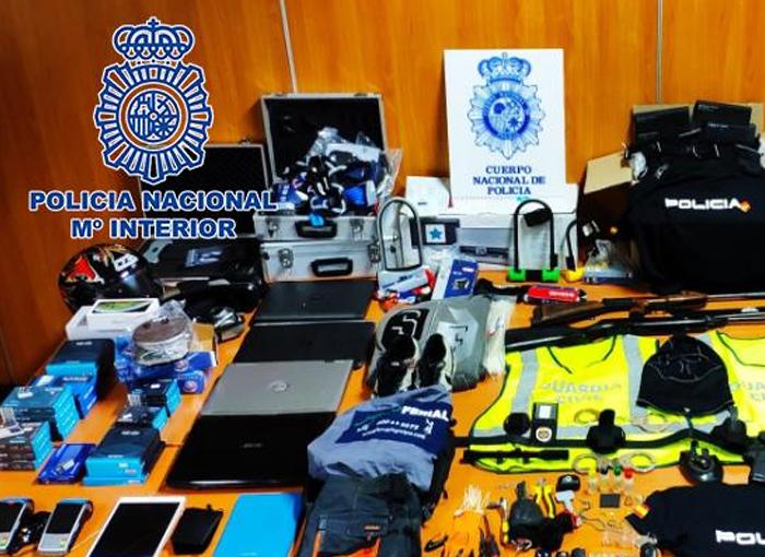 La Policía Nacional desarticula una banda de policías ful en Madrid