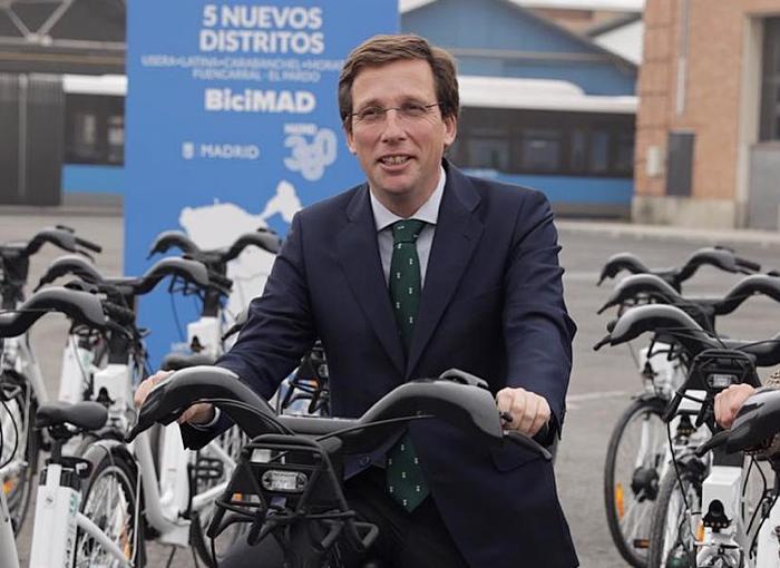 José Luis Martínez-Almeida, alcalde de Madrid, es soltero y sin relación conocida