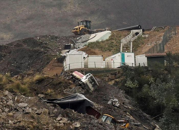 La empresa propietaria del vertedero de Zaldibar, investigada por un delito laboral y otro ambiental