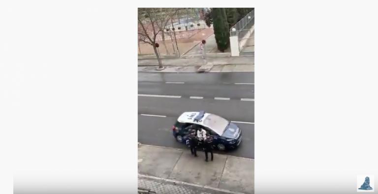 El tortazo de un agente que le ha valido a Rufián para volver a criticar a la policía