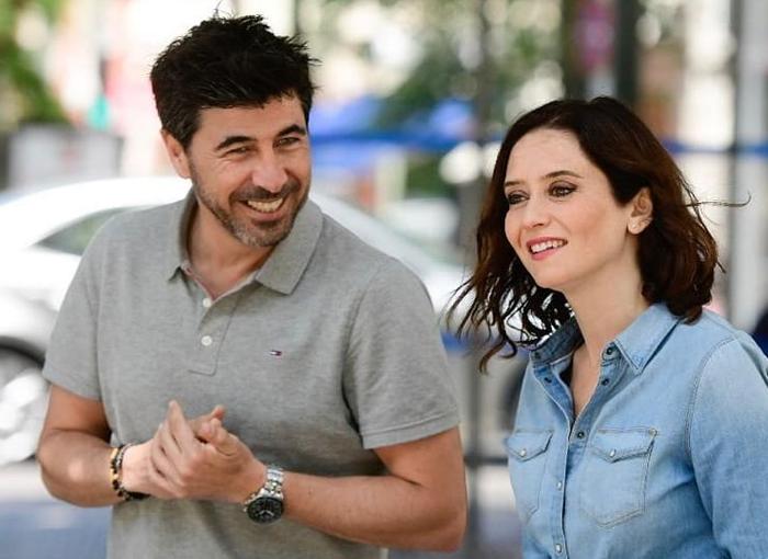 Isabel Díaz Ayuso mantiene una relación con Jairo Alonso