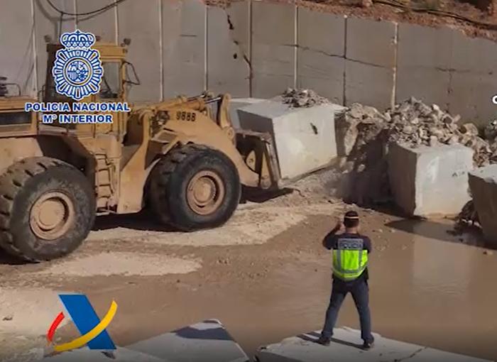 Desarticulada una organización que introducía metanfetamina oculta en bloques de mármol