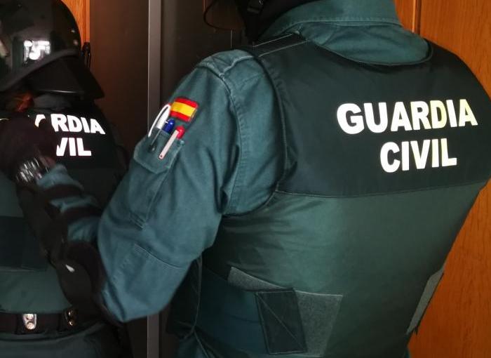 Dos personas detenidas en Alicante por narcotráfico y robo de vehículos de lujos