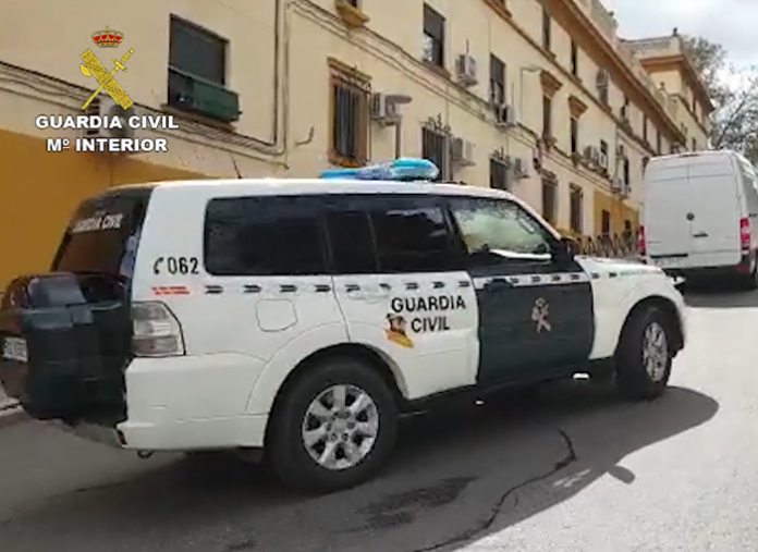 La Guardia Civil incauta 150.000 mascarillas quirúrgicas en Jaén