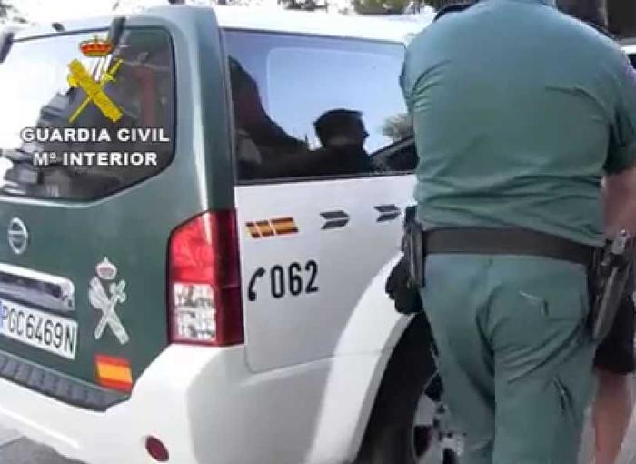 Violento salto de la valla de Melilla con varias decenas de migrantes