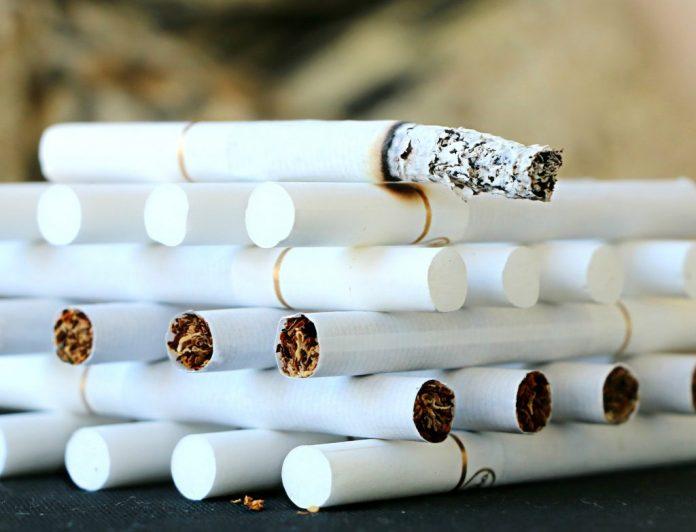 prohibir el tabaco en la hostelería