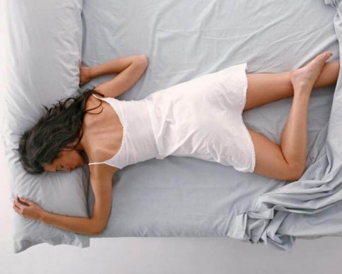 la peor postura para dormr