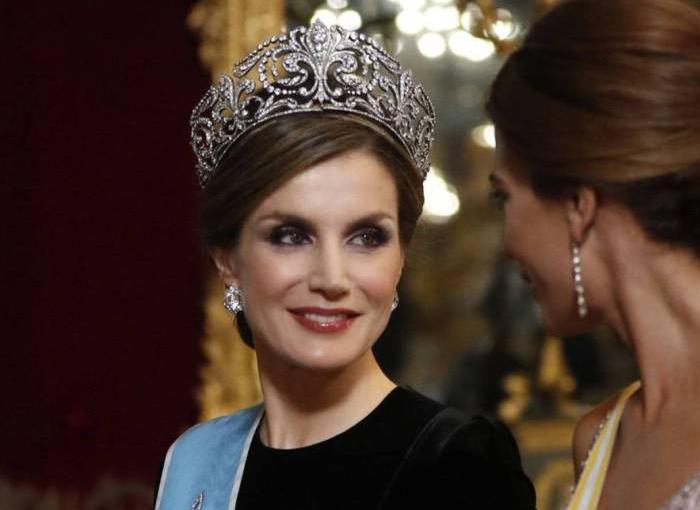 Tiara de la Flor de Lis, una pieza única de la Casa Real.