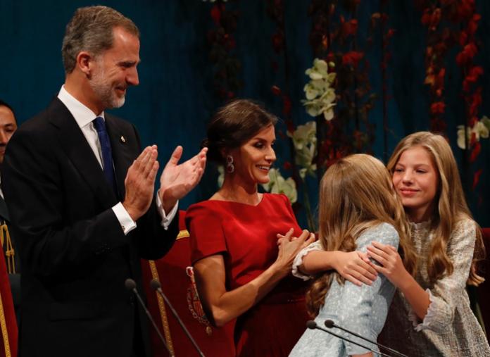 Las imposiciones de Letizia a Felipe VI y sus hijas