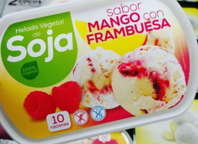 Hacendado y Gelatelli, dos marcas de helados saludables