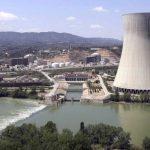 """El PSOE """"coquetea"""" con la idea de alargar la vida de las nucleares para bajar el precio de la luz"""