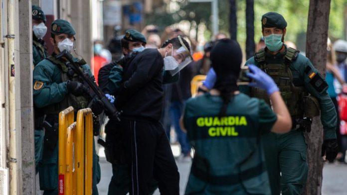El juez investiga a los dos detenidos en Barcelona por integración y colaboración con organización terrorista