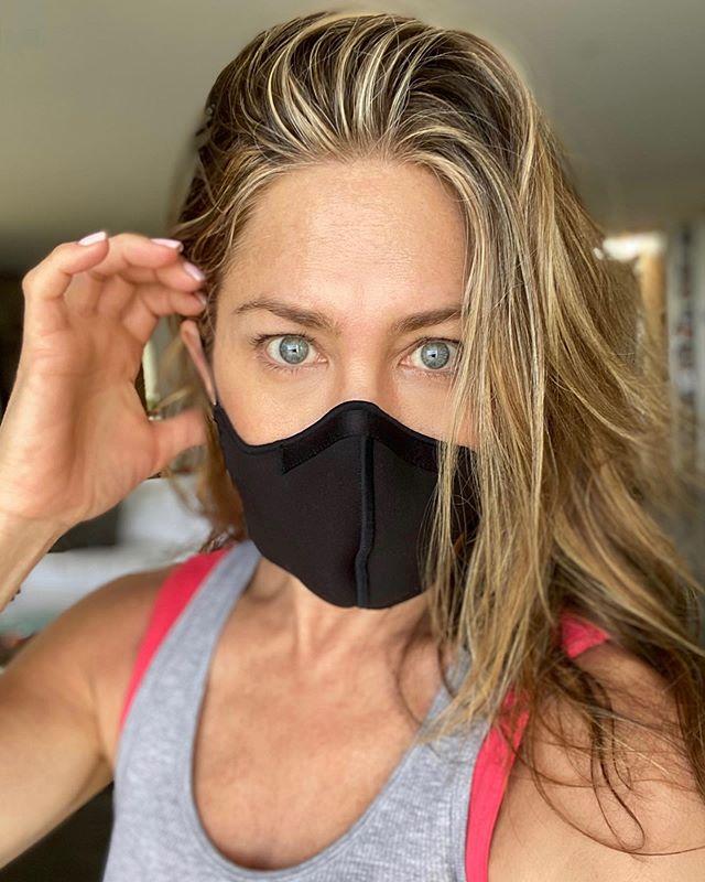 Ester Expósito, Cristina Pedroche y otros famosos que se viralizan por usar mascarillas