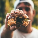 La mejor carne del supermercado para una hamburguesa según la OCU