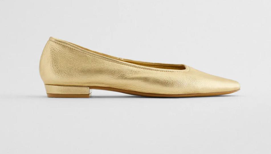 zapato metalizado zara