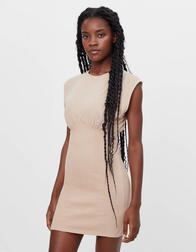 Vestido corset ajustado
