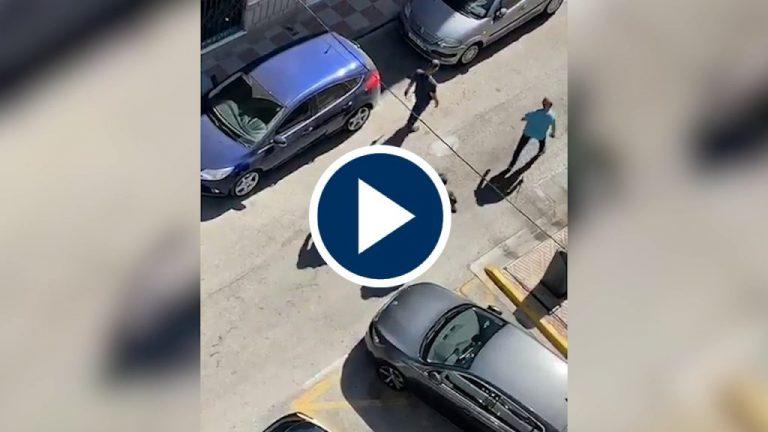 """Desprotegidos y humillados: varios """"gitanos"""" persiguen e insultan a la Guardia Civil"""