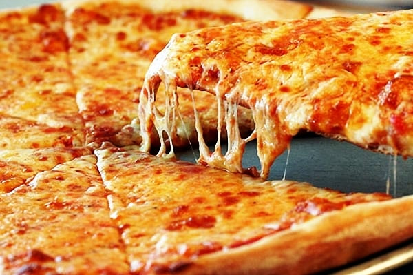 ingredientes pizza cuatro quesos