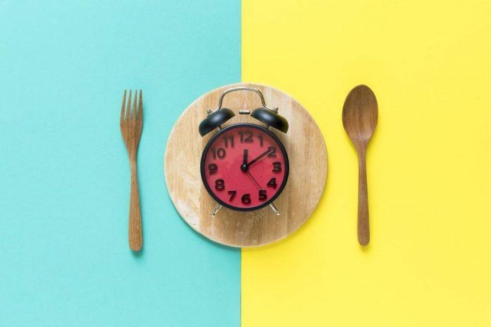 comer horas adelgazar