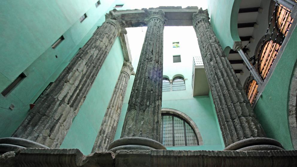 templo de augusto barcelona como es