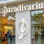 Abrigos de borrego de Stradivarius y Zara por menos de 50 euros