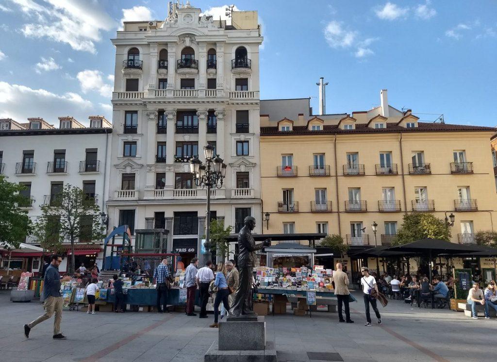 PLAZA DE SANTA ANA, EN EL CENTRO DE MADRID