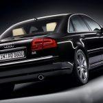 De dos Audi A8 de 334 CV a un Range Rover: así es el despliegue de coches oficiales de Cáceres