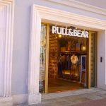 Pull&Bear: camisas chulas en rebajas ideales para el entretiempo