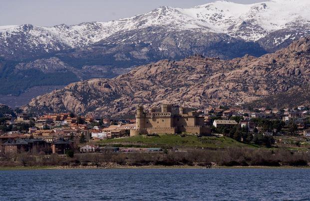 Manzanares El Real, un bello pueblo de la comunidad de Madrid.