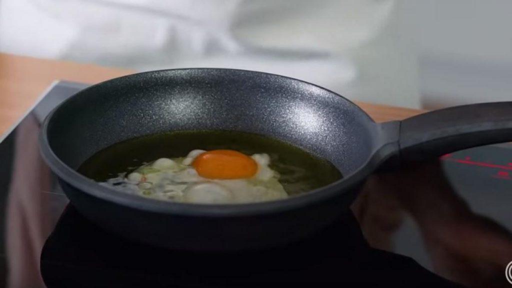 sartén-huevo-frito