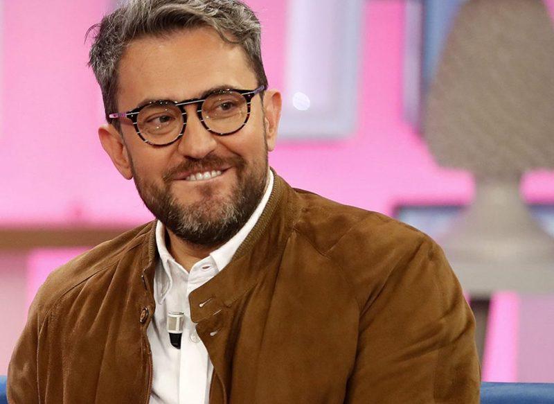 MÀXIM HUERTA SE DESPIDIÓ TRAS DIEZ AÑOS EN EL PROGRAMA DE ANA ROSA QUINTANA