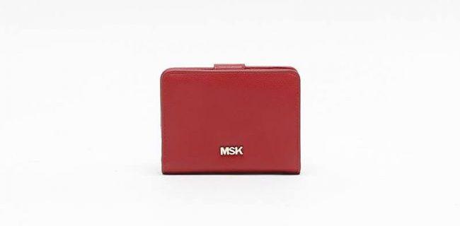 monedero rojo misako