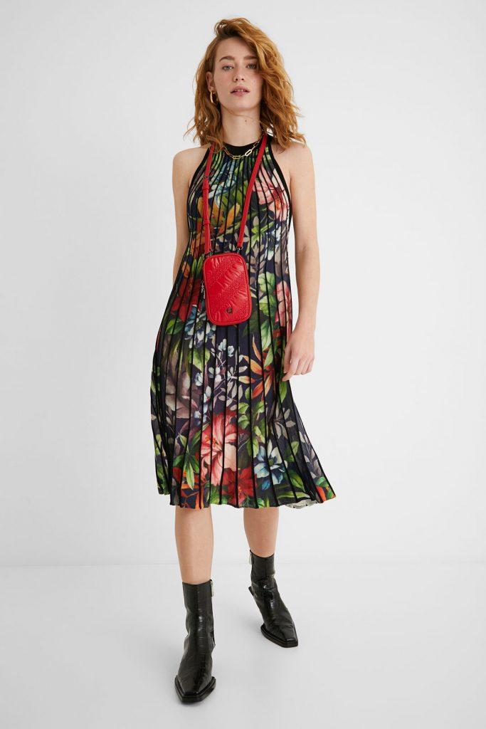vestido plisado flores desigual