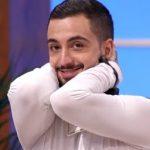 Maestros de la costura: ¿Cómo le va a Joshua Velázquez tras ganar el concurso?