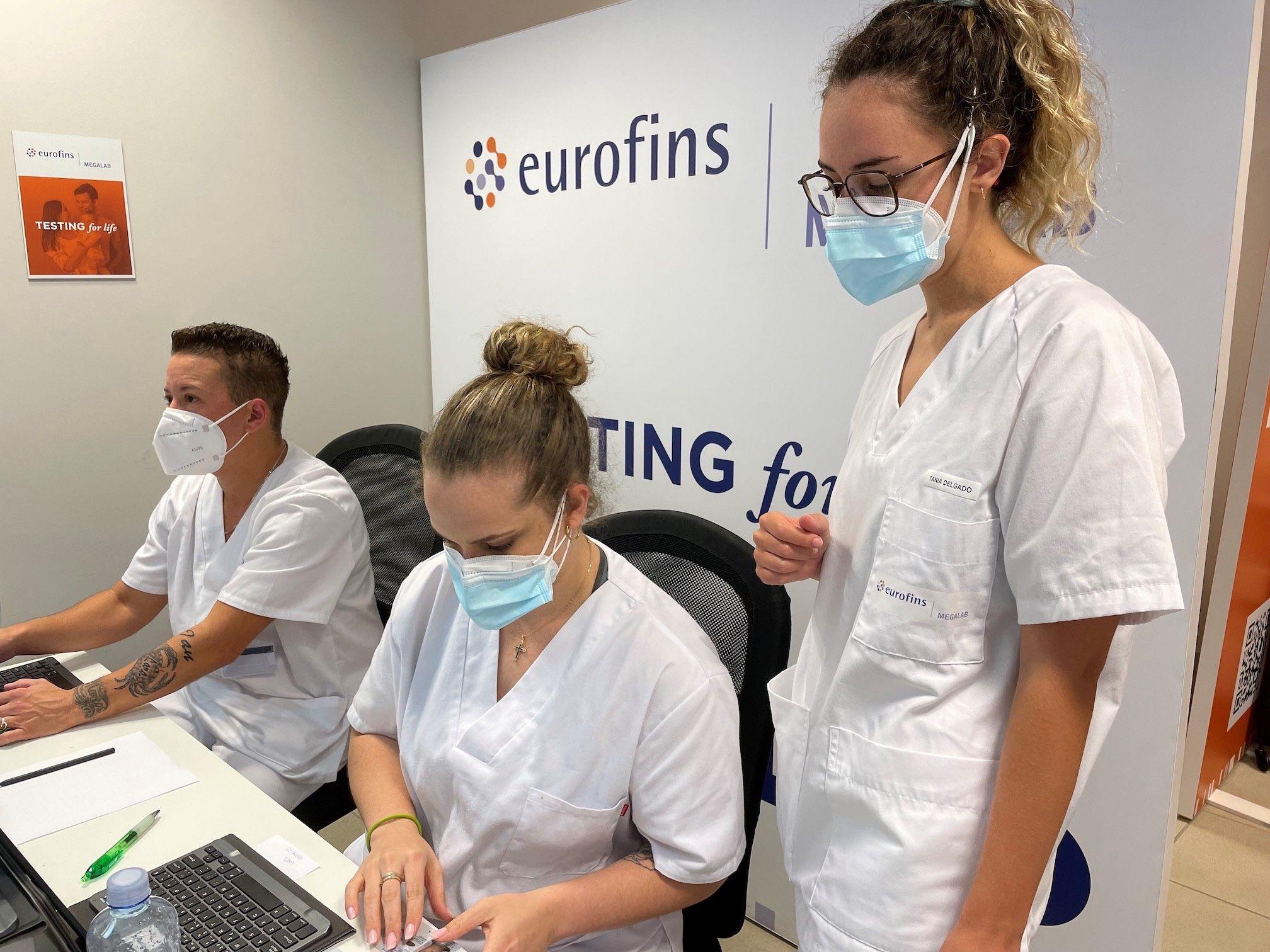 La OMS recomienda hacer test PCR a las personas vacunadas con sospecha de contagio