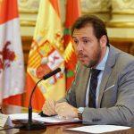 El PSOE, a cuadros con Puente y su intención de liderar el partido tras el 'MercedesGate'