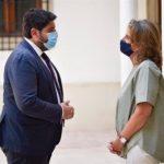 López Miras se enfrenta con Teresa Ribera en vez de solucionar la grave situación del Mar Menor